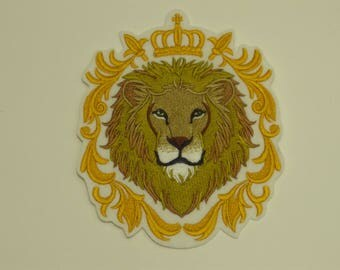 Animal  Iron-on Patch. Embroidered Patch. Sew-On Patch. Lion in Crown Patch