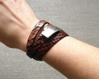 Wrap bracelet - leather wrap braclet with silver plated clasp - cuff bracelet - leather bracelet - nappa leather - croco design