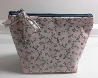 Small cosmetic bag growth swallow
