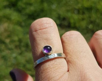 Handmade silver ring with amethyst,silver ring,amethyst ring,hammered ring,gemstone,sterling silver