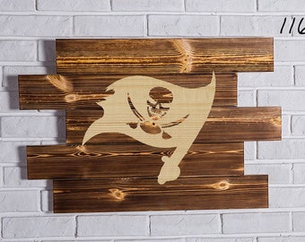 Tampa Bay Buccaneers Wood Sign Tampa Bay Buccaneers Wall art Tampa Bay Buccaneers Gift Tampa Bay Buccaneers Birthday