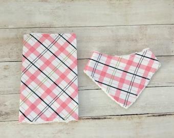 Plaid bandana bib and burp rag set - drool bib -  pink and white bib and burp rag - dribble bib - burp cloth - baby gift - baby accessories