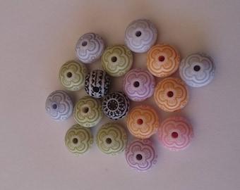 Lot 17 colorful beads hole 1 mm acrylic