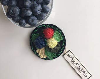 emrboidered berry brooch forrest berries handmade red black green yellow straberry blueberry stylish