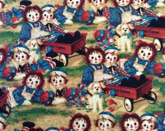 Flannel/Ragedy Ann &Andy/Licensed cotton fabric by the yard