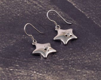 Awesome Rear earrings Of 92.5 Sterling Silver Star Design With Beautiful Design Art Deco Style 3.45 Gms. Length 2.50 CM. Code MGJ 32