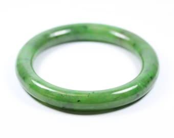 Minimalist Style (1970-Present) Jade Rounded Bangle