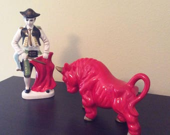 Cool Retro Matador and Bull Ceramic