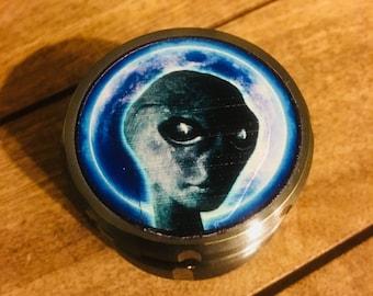 Outerspace Alien Grinder