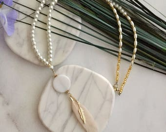 Pearls & Gold Feathers Lariat Necklace