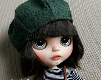 Reversible beret hat for blythe doll