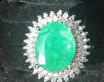 7.05-Carat EMERALD ring of natural certified Colombia
