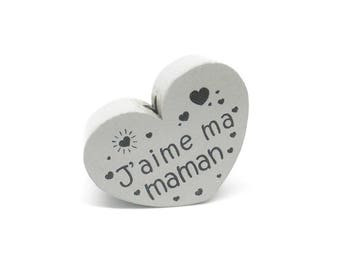 Wooden heart bead I love my mommy light grey
