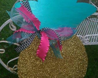 Glittery Pineapple Door Hanger