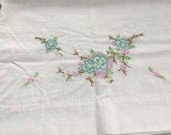 Vintage Pillowcase, Flower Pillowcase, Embroidered Pillowcase, Cotton Pillowcase