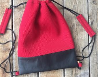 Bloody Red Streetpack