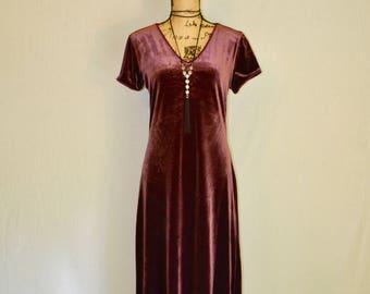 VINTAGE - Plum Velour Maxi Dress
