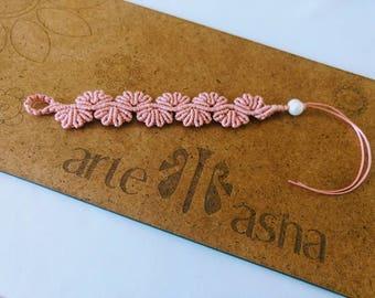 Boho bracelet. Woven Cordon. Macramé. Pink bracelet. Handmade. Bracelet with Pearl