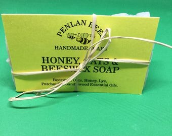 Honey oats & beeswax soap