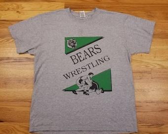Vintage 90s Wrestling Bears American Flag High School Shirt size Large