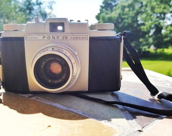 Vintage Kodak Pony IV, Anastar lens, retro Kodak, 35mm film, retro camera