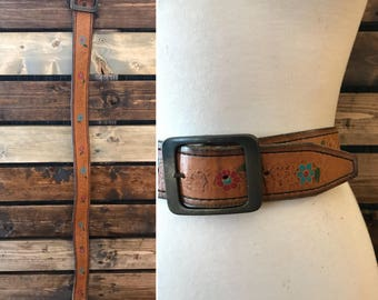 Vintage floral tooled leather belt