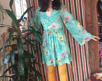 70s Angel Sleeve Silky Japanese Kimono Style Lowcut Mini Dress Size Small / Medium