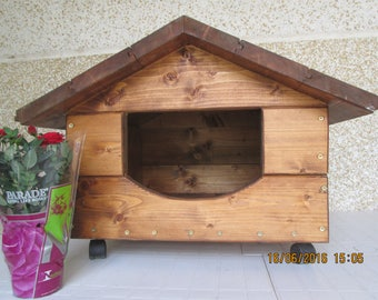 Wooden dog/cat Kennel