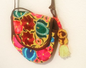 Sale Embroidered crossbody bag