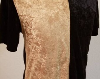 Men's Short Sleeve Two-Tone Black and Gold Velvet Panne Casual Dress Stretch Shirt.