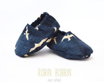 Robin Bobbin Baby Booties 3 months
