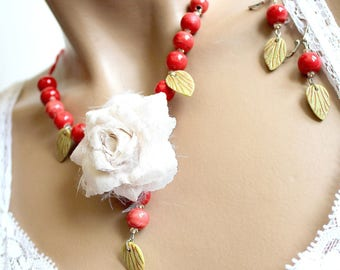 ceramic red and ecru flower jewelry green leaves