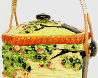 Vintage BISCUIT COOKIE JAR Cherubs, Wicker handle, Made in Japan