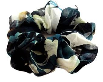Dark Green Scrunchies, Hair Scrunchies, Scrunchy, Gifts for Women, 80s Scrunchies, Large Scrunchie, Thin Hair, Pony Tail Holder, Hair Ties