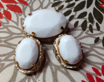 Vintage Brooch and Clip-On Earrings