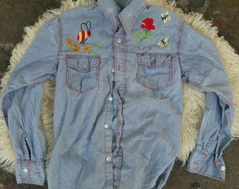 Vintage 70s hand embroidered button up denim shirt // small