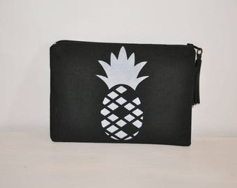 Pouch / case pineapple in black cotton with leather tassel