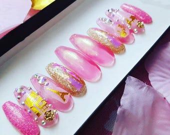 Pretty in Paris Nail Set- Glitter nails, false nails, fake nails, iridescent, swarovski crystals, nail art