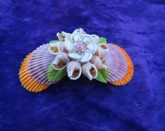 bijoux accessoire de coiffure, barrette moderne exotique composé de coquillages des mers de la Thaïlande, hairdressing accessory jewelry