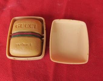 savonnette miniature parfum 1 Gucci, savon de collection vintage dans sa boite d'origine, vintage soap bar of vintage in its original box