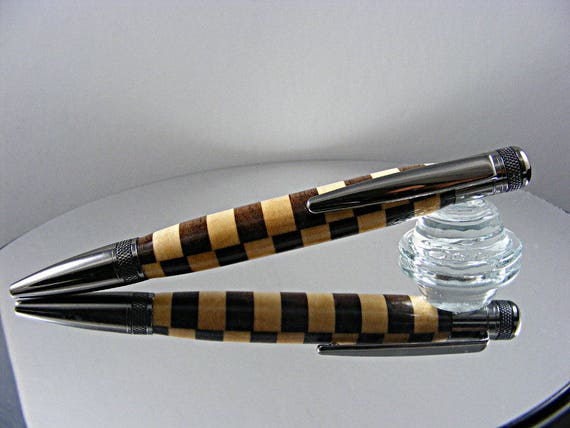 Handcrafted Knurled Ink Pen in Gun Metal and Wood Laminate
