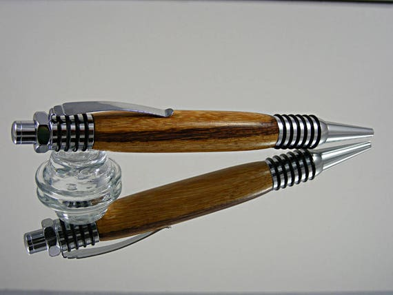 Handcrafted Spartan Pen in Chrome and Marblewood