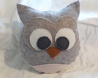 Felt (30&40% Wool) Owl Decoration