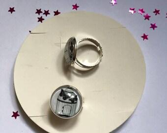 "Beautiful ring adjustable silver Metal Vintage ""Birdcage"""