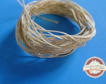 5.5 meters of waxed macrame beige 0.7 mm polyester cord