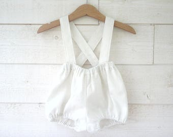 Bloomers with straps in white linen