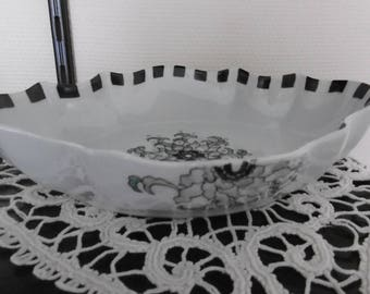 Hollow scalloped hand painted porcelain dish. Art Deco pattern baroque Center rose and demi-roses on sides