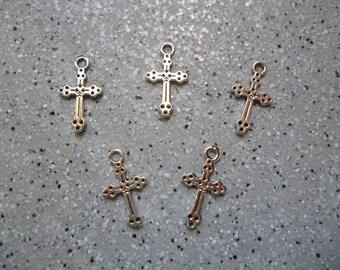 5 silver metal cross charms
