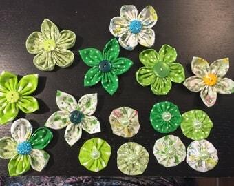 15 flowers kanzashi Yo-Yo fabric flower, to customize your creations, embellishment purse, hairclip, brooch, jewelry, scrapbooking