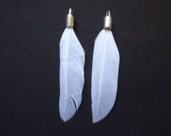 2 white feathers silver 7cm with metal tip